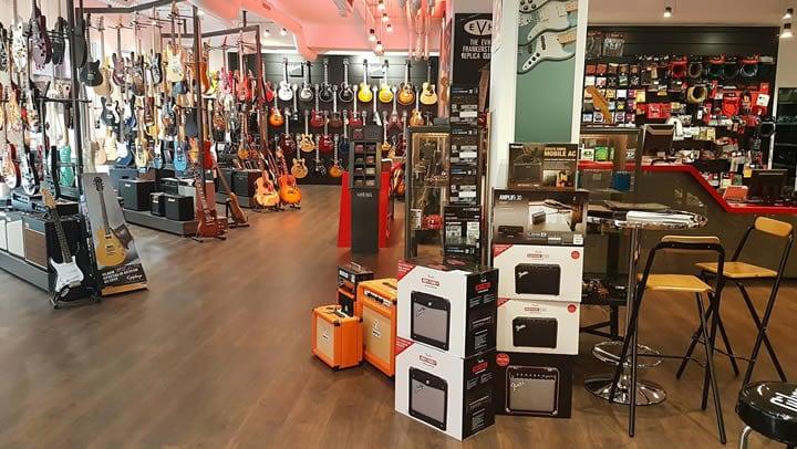 ardemadrid tienda de guitarras